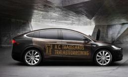 Ekslusiv tre dekor på Tesla X for H.C. Thauglands Trælastforretning as, foto